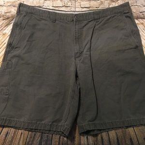Columbia Green Canvas Cargo Shorts